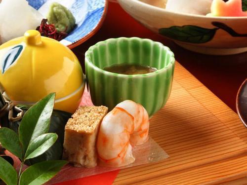 Kyoto-style Cuisine TANKUMA KITAMISE